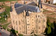 Antoni Gaudí, 1887-1893. The Bishop's Palace, aerial view. Astorga