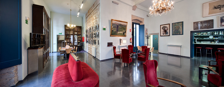 Social room at the Artistic Circle of Sant Llluc. Palau Mercader (© Cercle Artístic de Sant Lluc)